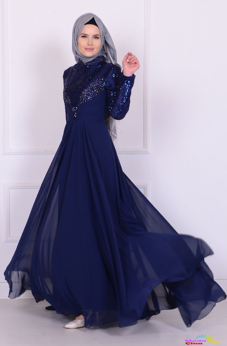 c8314c800fb51 Tüllü Tesettür İşlemeli Abiye Elbise Modelleri - Kadın Modası ve ...