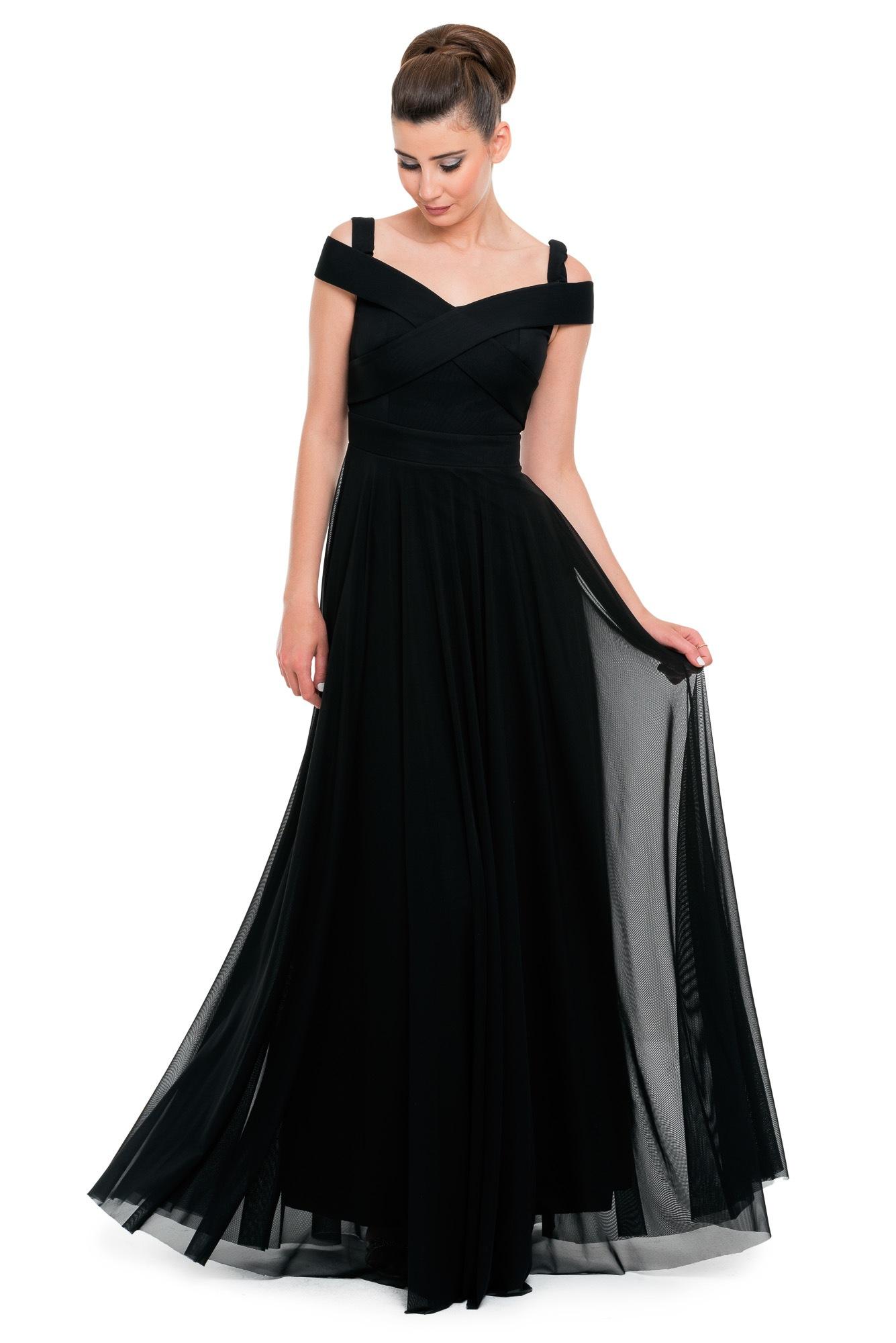 8b2bc15921de3 Tüllü Dekolteli Abiye Elbise Modelleri - Kadın Modası ve Trend Modeller