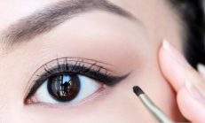 Kolay Eyeliner Çekme Yöntemleri